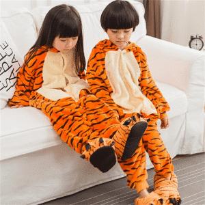 kigurumi pyjama tigrou 6